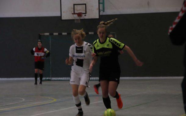 FUTSAL: B-Juniorinnen unterliegen in einem dramatischen Endspiel dem SC Freiburg