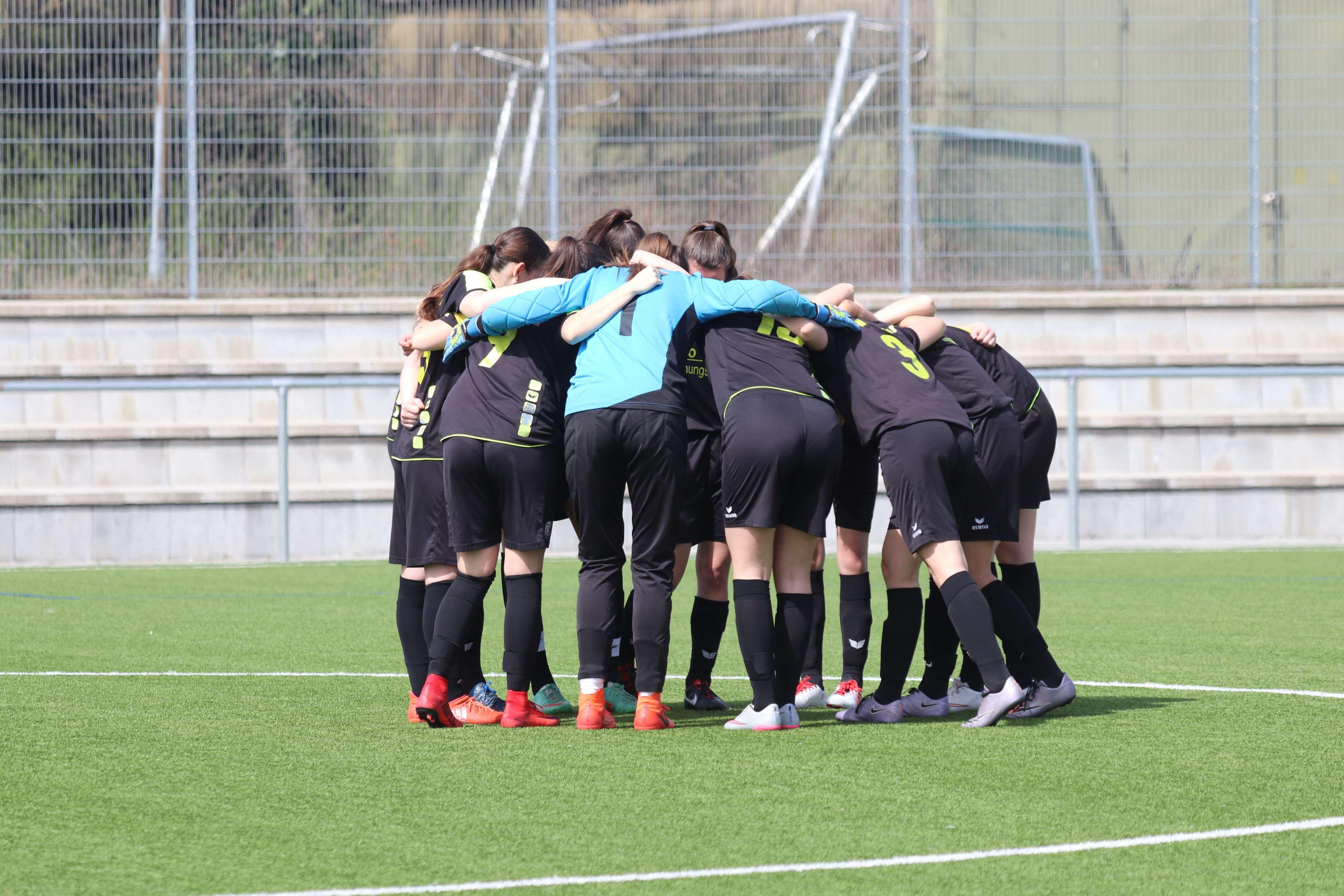 B-Juniorinnen: Souveräner 10:0 Heimsieg gegen den ESV Freiburg